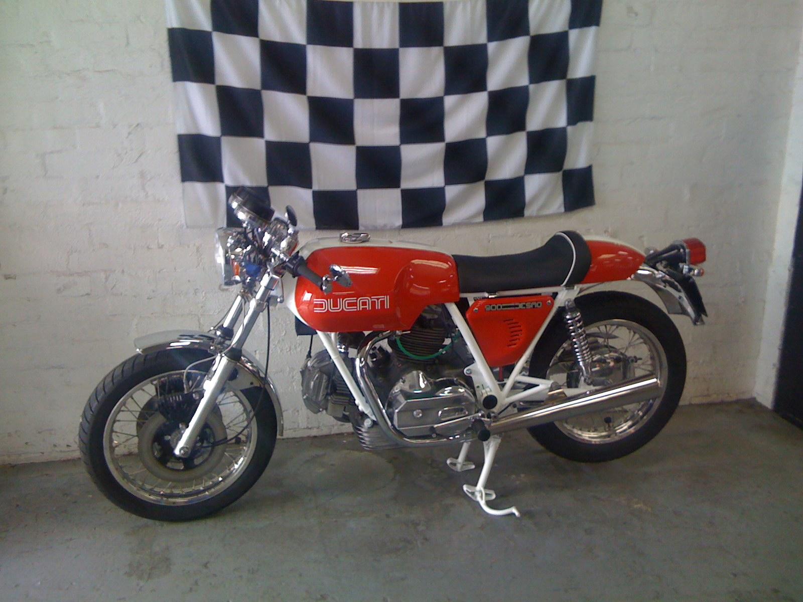ducati motorbikespecs net motorcycle specification database 860 gt gts image