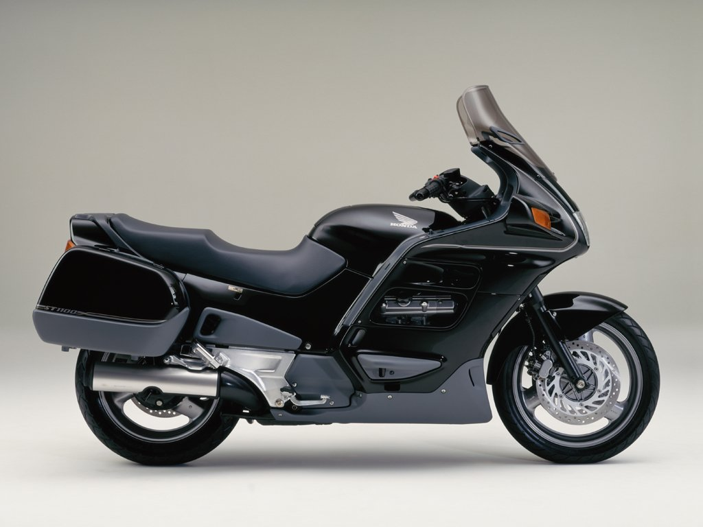 the honda 1100 at the motorcycle. Black Bedroom Furniture Sets. Home Design Ideas