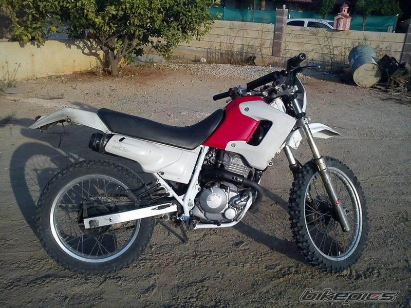 the honda 250 at motorbikespecs net the motorcycle specification rh motorbikespecs net 1982 Honda XL250 Honda XL500