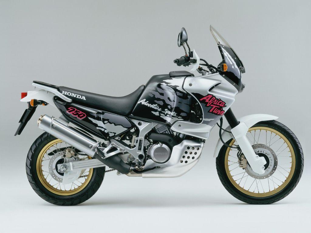 The Honda 750 at MotorBikeSpecs.net, the Motorcycle ...