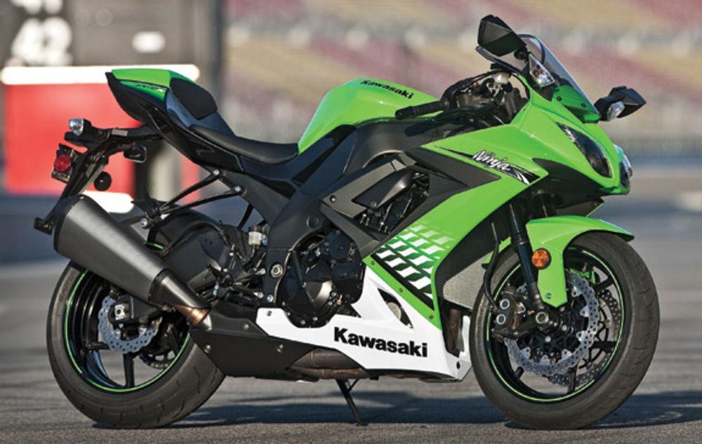 The Kawasaki ZX 10R (ZX 1000 FAF) at MotorBikeSpecs net, the