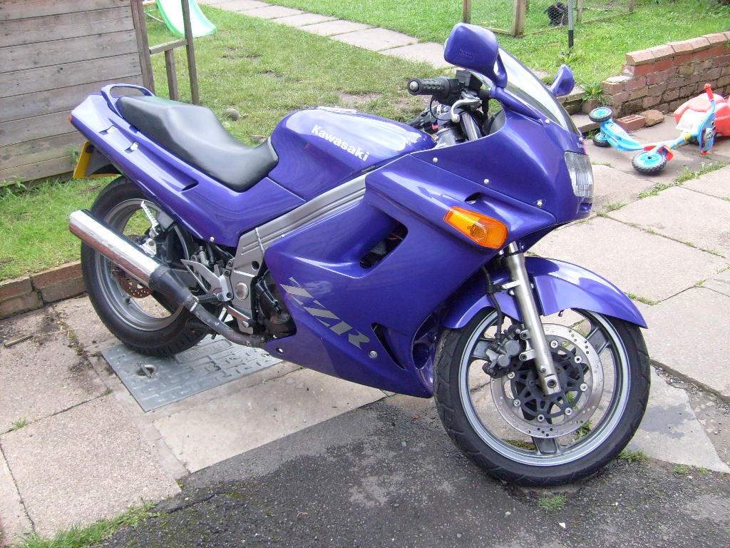 Kawasaki MotorBikeSpecs.net Motorcycle Specification Database