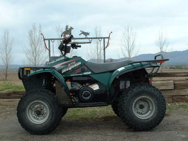 Polaris Magnum 425 >> The Polaris Magnum 425 2x4 At Motorbikespecs Net The Motorcycle